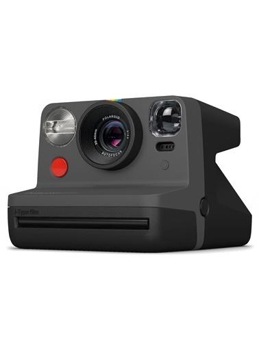 Polaroid Now Siyah Instant Fotoğraf Makinesi ve 16lı Film Hediye Seti Siyah